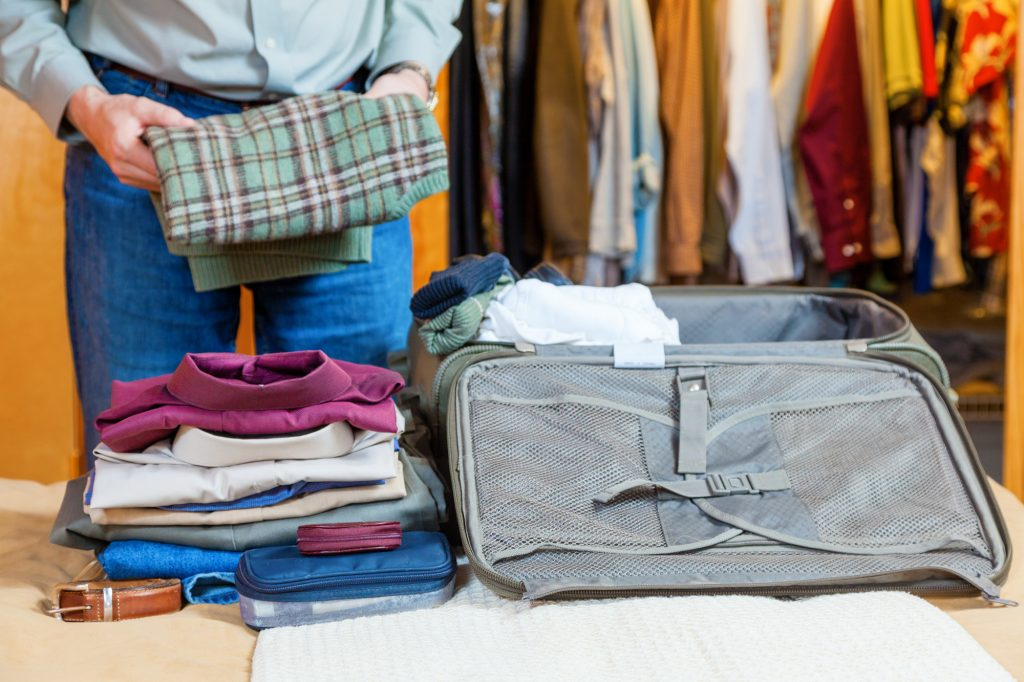 How to Keep Your Business Clothes from Wrinkling in Your Luggage