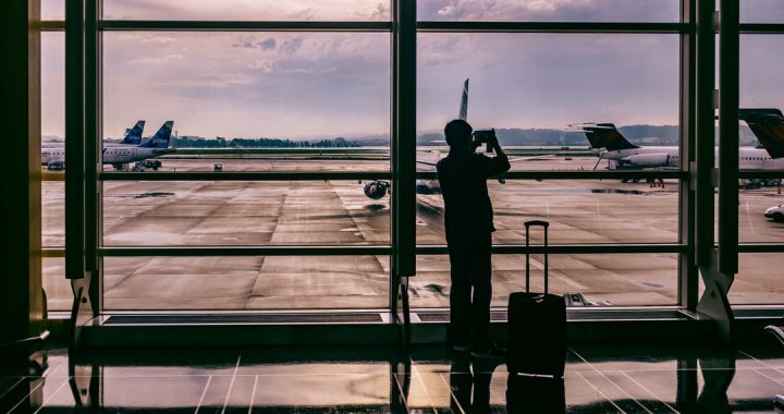 Travel Expenses 101: How and When to Deduct Travel Expenses on Your Taxes